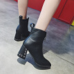 Fairy wind Martins female English wind new autumn fashion thick and handsome Joker hollow short boots