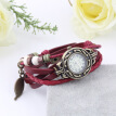 Fashion Retro Leaf Bracelet Watch Quartz Movement Wrist Watch Girl Women