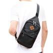 [Jingdong Supermarket] Ninth City (V.NINE) men's chest bag leisure trend shoulder Messenger bag waterproof multi-purpose sports bag VD6BV94352J black
