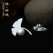 Luo Linglong s925 sterling silver earrings female ginkgo leaves natural pearl earrings decorated allergy simple temperament art