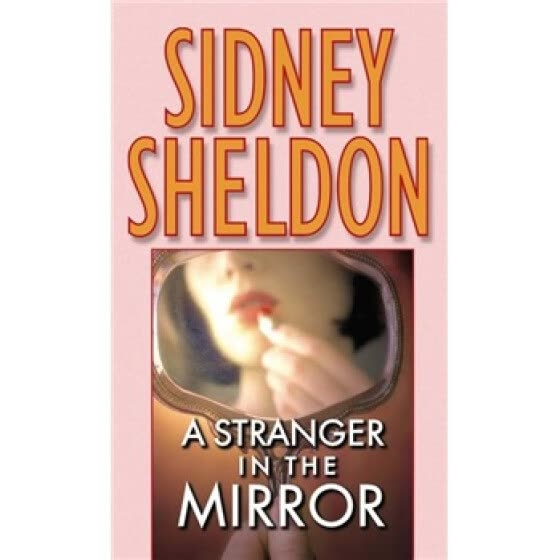 A Stranger in the Mirror 镜中陌生人 英文原版