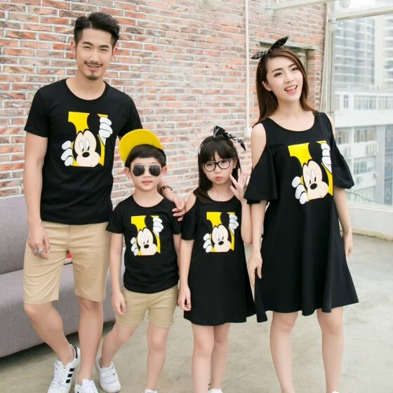 Family matching mother daughter father son dad mommy and me clothes family look girls boys korean clothing men women summer dress