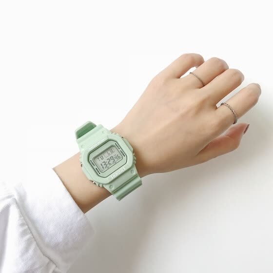 Ins Super Fire Electronic Watch Female Student Tea Green Square Harajuku College Style Korean version Cool Green