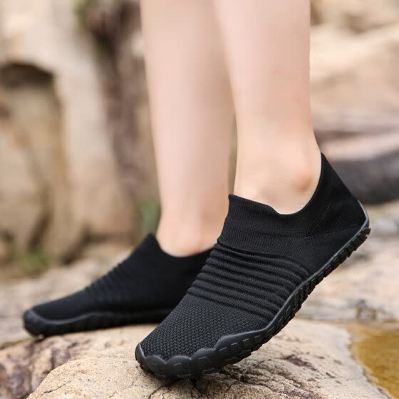 Summer outdoor men's shoes mesh shoes men's mesh hollow breathable wading shoes five fingers sport fishing hiking socks