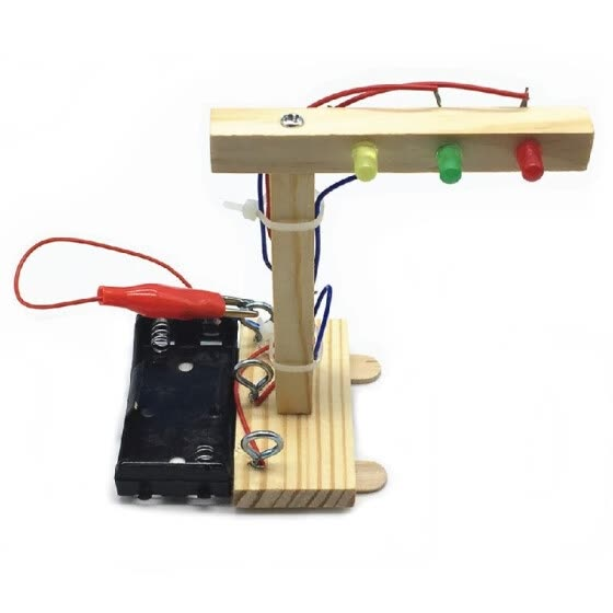 Wood Traffic Lights DIY Kit Kids Toy DIY Kit for Children Science and Technology Inventions Assembled Experiment DIY Model Buildin