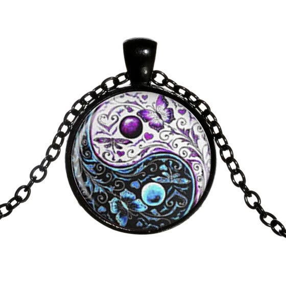 Bluelans Classic Yin-yang Symbol Butterfly Round Pendant Men Women Necklace Jewelry Gift