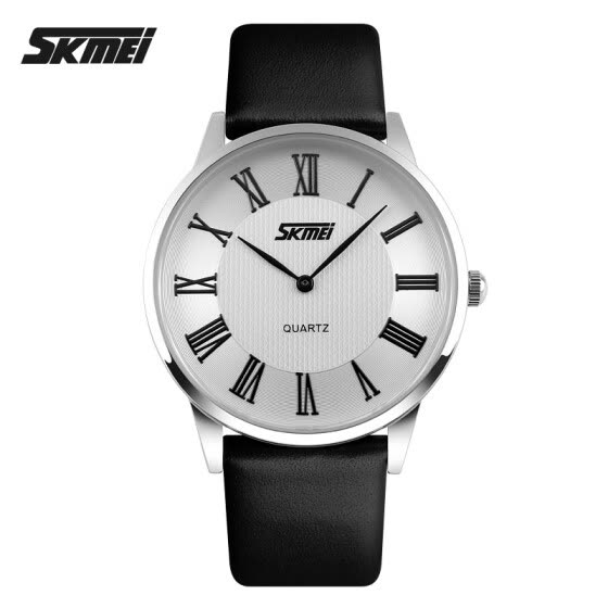 Men's Classic Style Roman Numeral Dial Leather Band Quartz Wristwatch