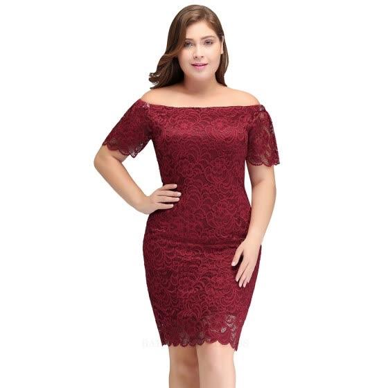 e6d32366b0 Burgundy Short Cocktail Dresses Plus size 2018 Sexy Lace Knee Length Women  Prom Dress Designer Bodycon