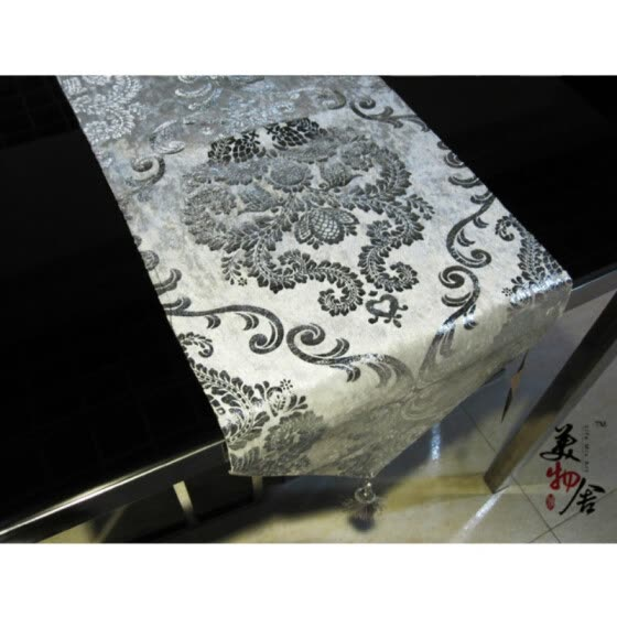 Free Shipping 32*240cm Europe Style Table Runner Hot Silver Home Decoration Tablecloth Embroidery Cloth Hotel Villa Wedding