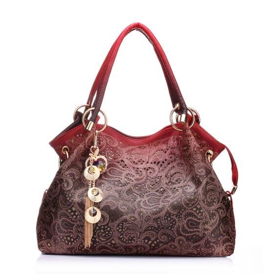 26da94679f902 Горячие женщины кожаные сумки женщина градиент кисточка мешок дамы кожа  тотализатор сумка дизайнер бренда Наплечные сумки