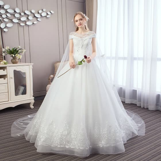 2019 New Elegant Wedding Dresses With 1 m Train With A Cape Luxury Ball Gown Princess Illusion Wedding Gown