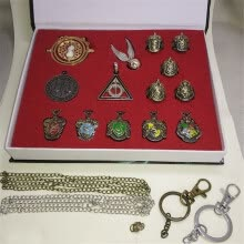 -14pcs Cosplay Decorate Rings Collection Box Kit Necklace Key Ring Package Set on JD